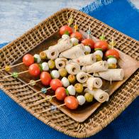 Bites de Rollo de Pechuga de Pollo con Especias